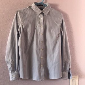 New blue/white Lands' End cotton shirt
